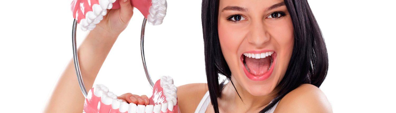 Prostodoncia - dentista Prostodoncista - Prótesis dentales - Clinica Dental Dr. Reato Sant Cugat del Vallès